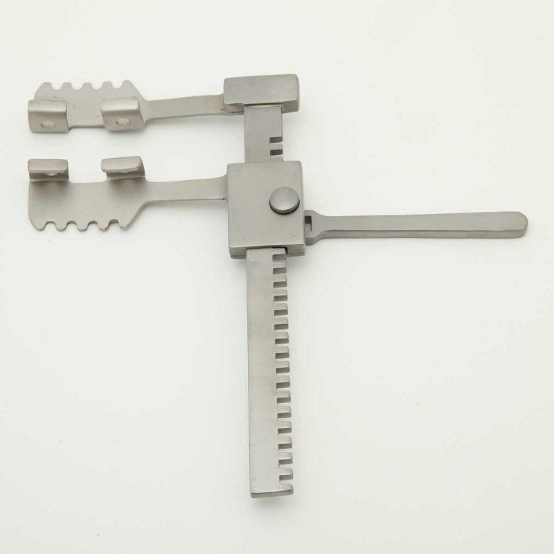 Р-142 Ранорасширитель реечный для детей c длиной рейки 130 мм